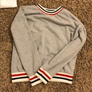 FOREVER 21 GREY LONG SLEEVE STRIPED